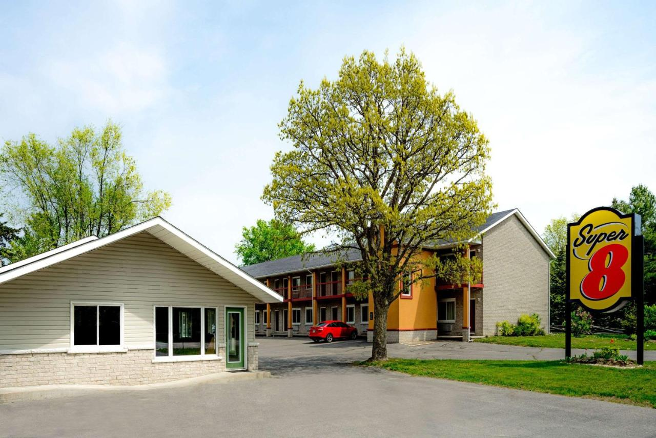 Hotels In Kingston Ontario