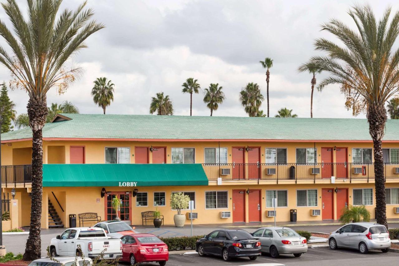 Hotels In San Luis Rey California