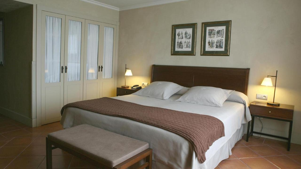 Hotels In Clariana De Cardener Catalonia
