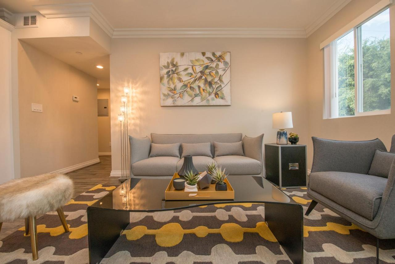 Chic hollywood home central to everything vacation home los angeles usa deals