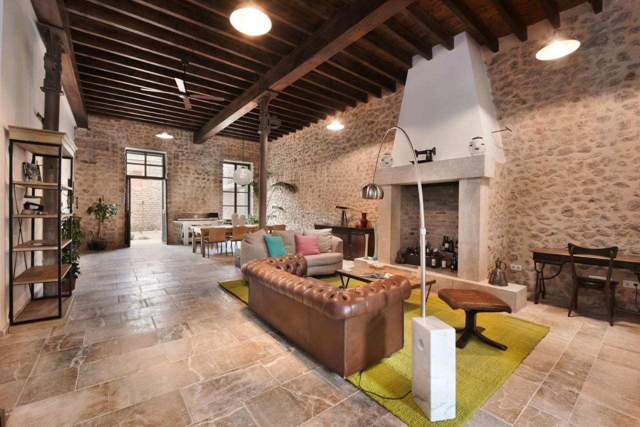 Guest Houses In Mancor Del Valle Majorca