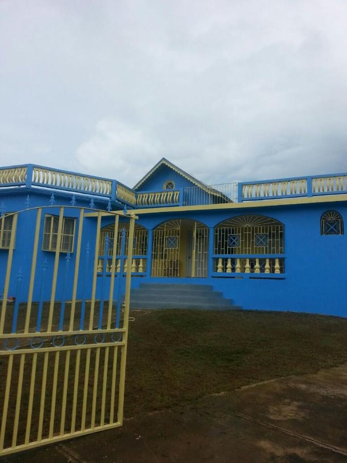 Guest Houses In Kupuis Clarendon