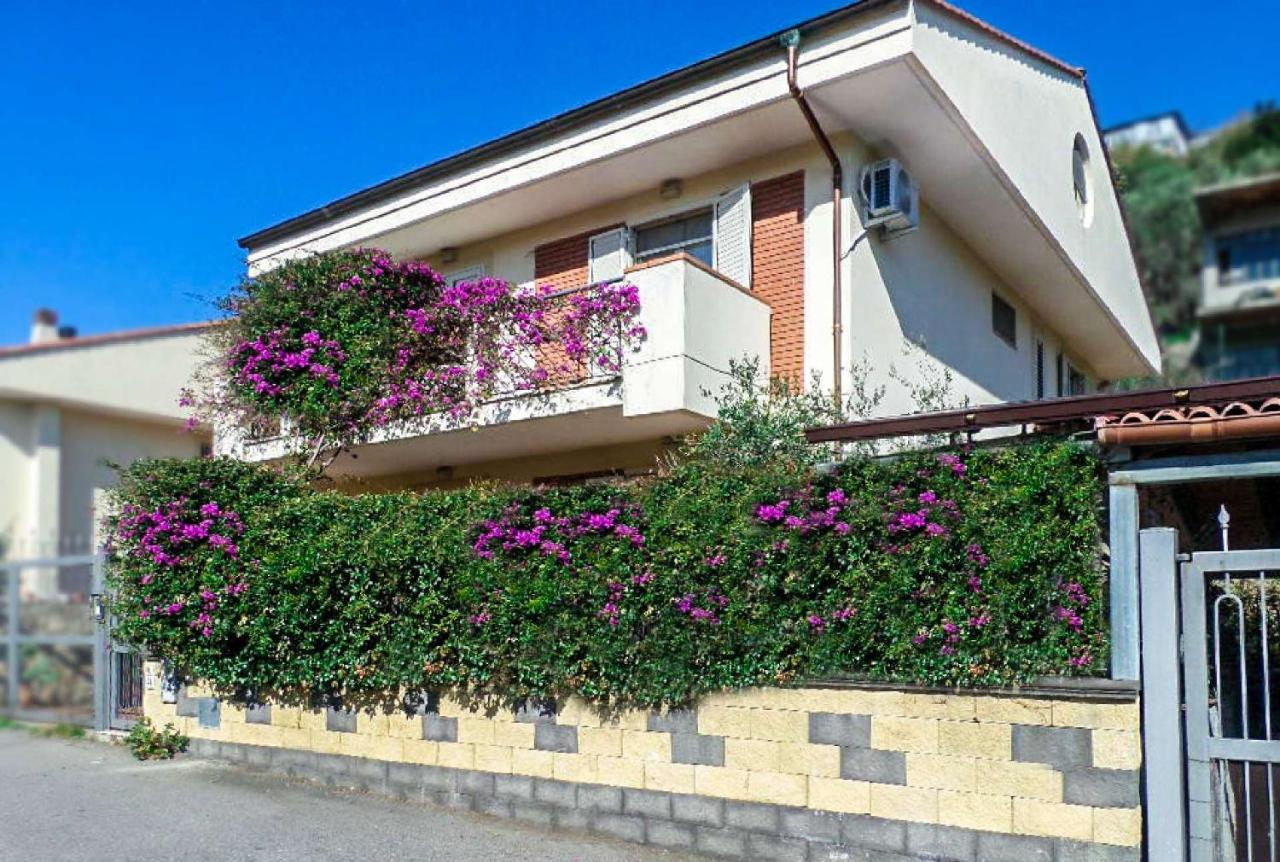 Bed And Breakfasts In Antillo Sicily