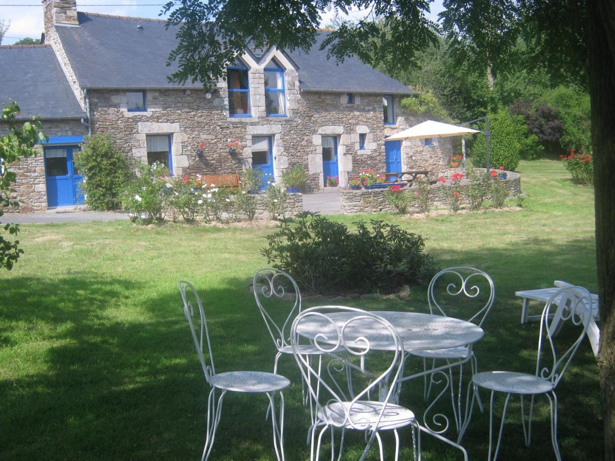 Guest Houses In Saint-gilles-du-vieux-marché Brittany
