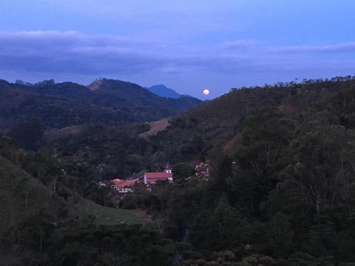 Guest Houses In Núcleo Mauá Minas Gerais
