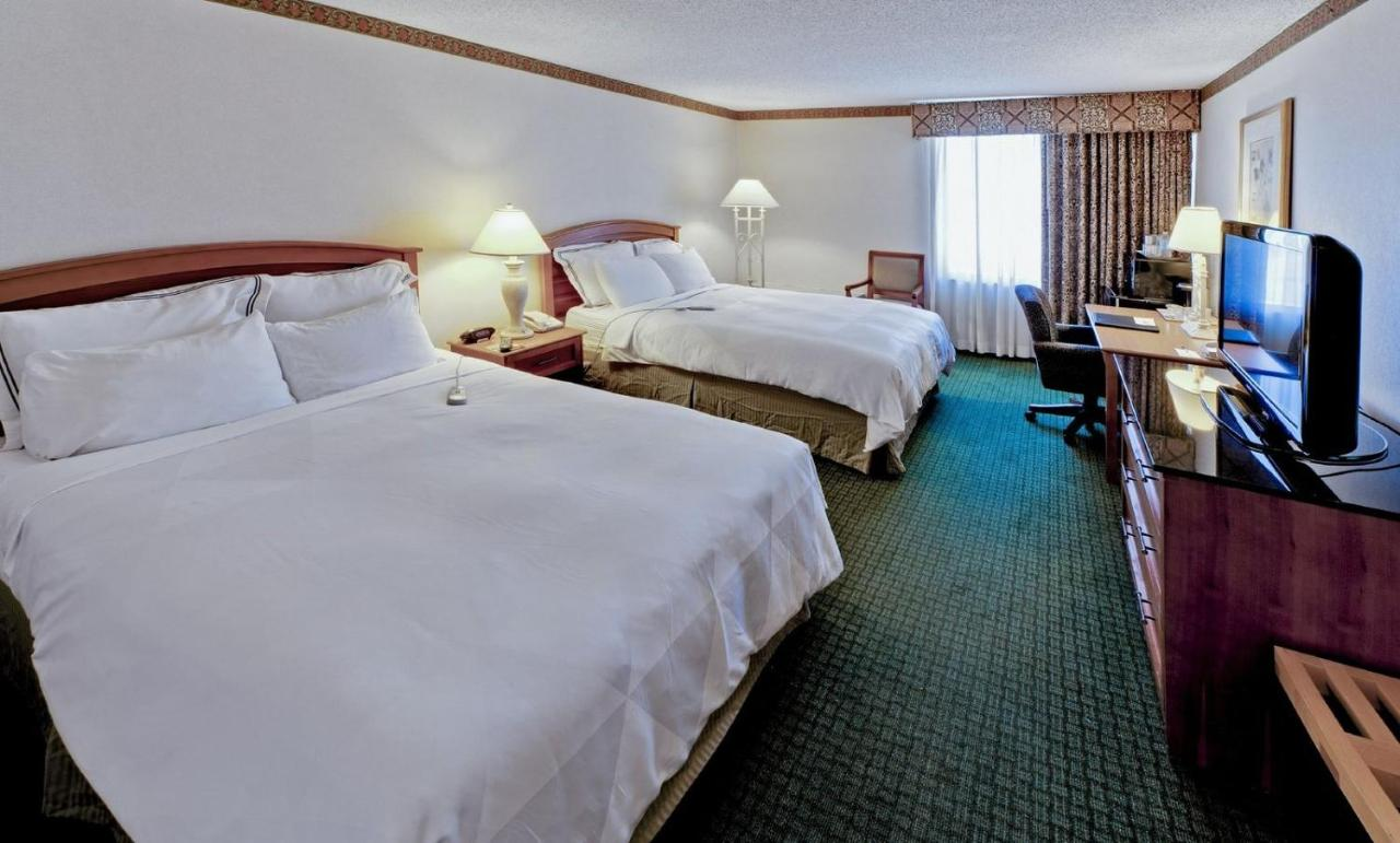 hotel radisson rochester airpt ny booking com