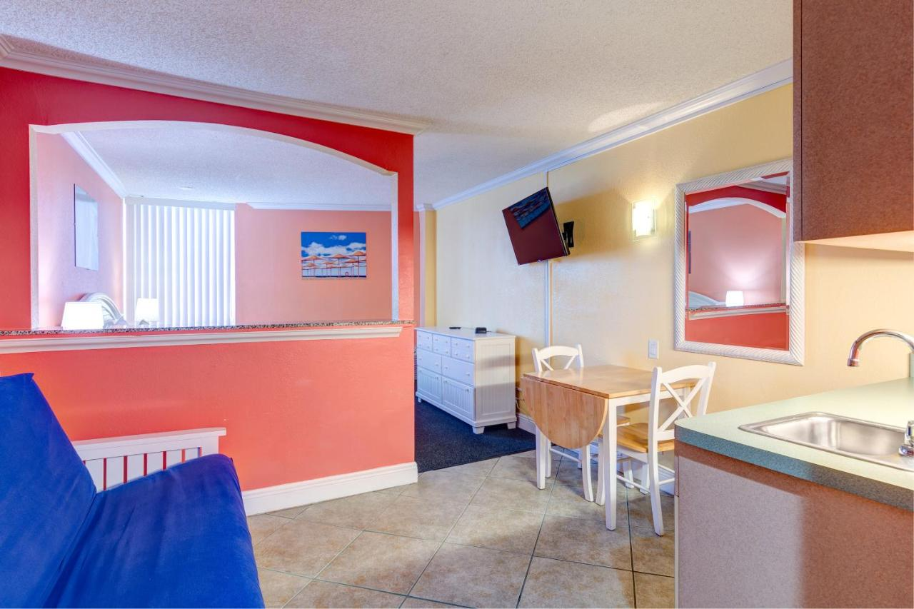 Pelican Pointe Hotel (USA Clearwater Beach) - Booking.com