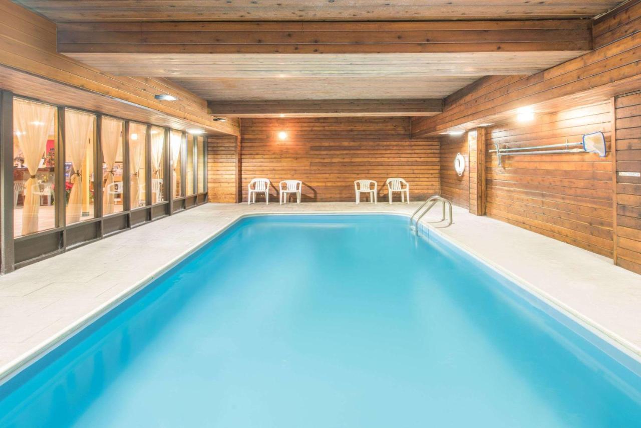 Hotel Days ColchesterBurlington, VT - Booking.com