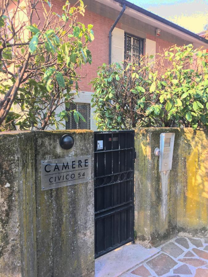 Guest Houses In Adelano Emilia-romagna