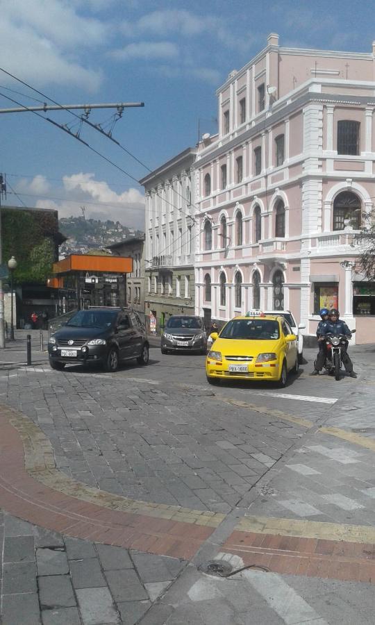 Guest Houses In Hacienda San Francisco