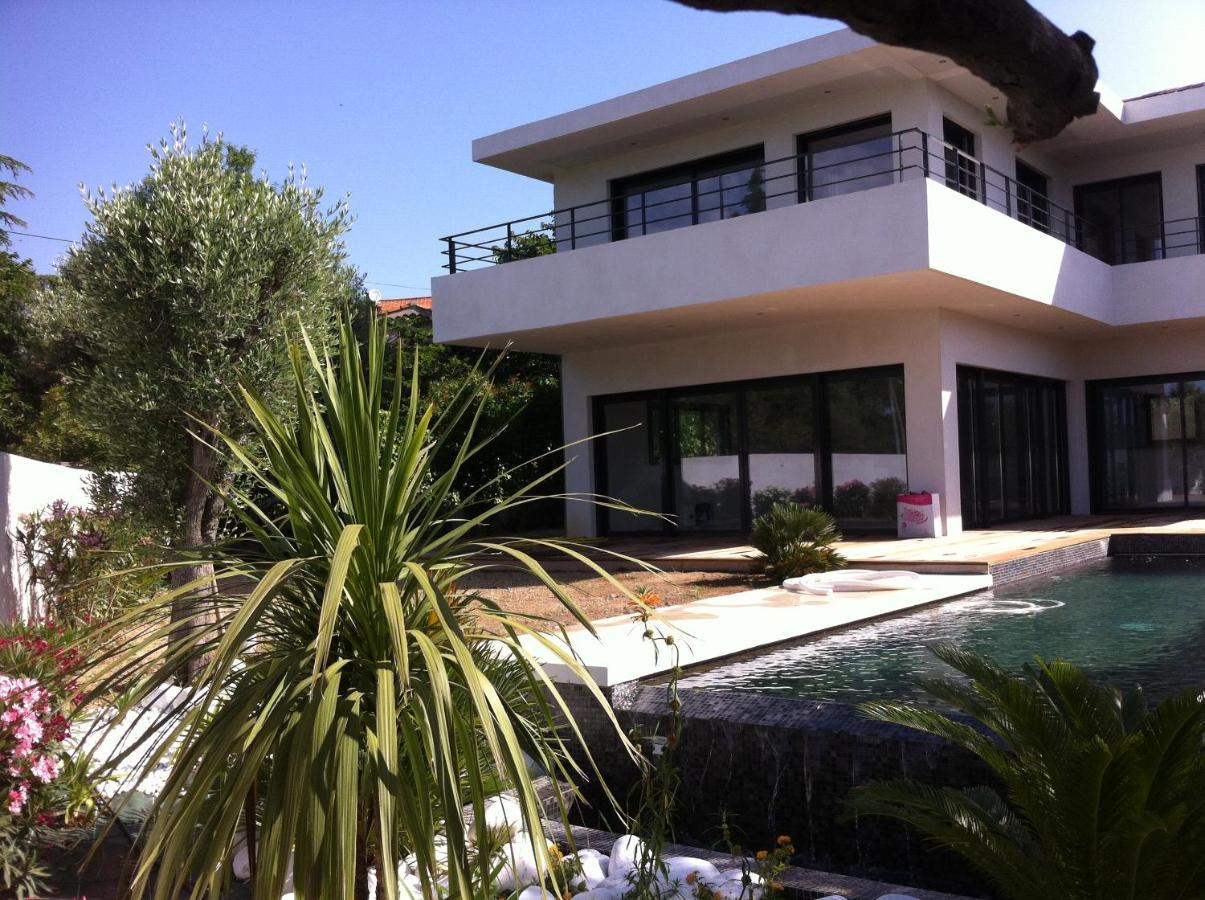 Villa contemporaine la rimade villa ceyreste france deals