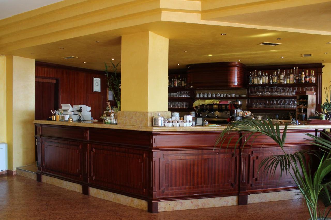 Hotel La Dolce Vita (Italien Cavaion Veronese) - Booking.com