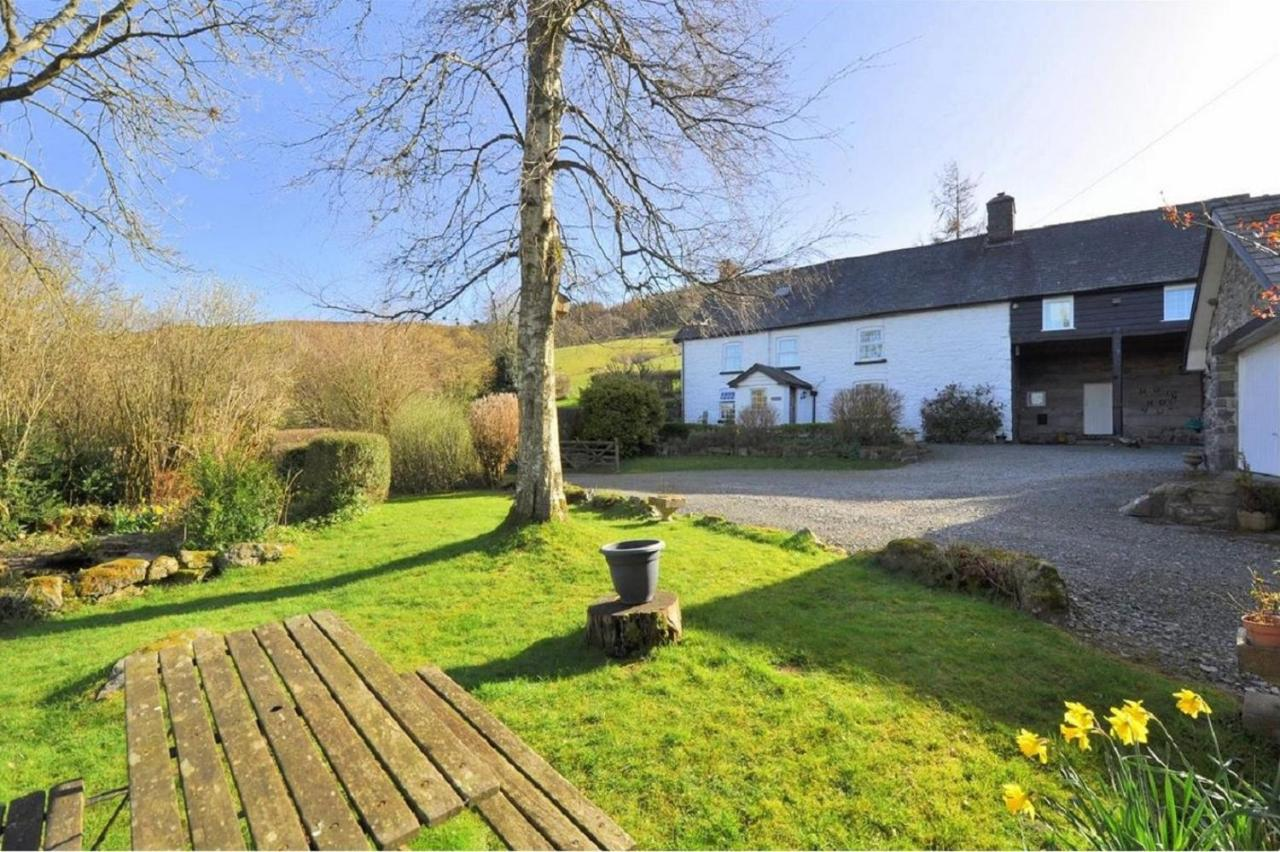 Bed And Breakfasts In Saint Harmon Powys