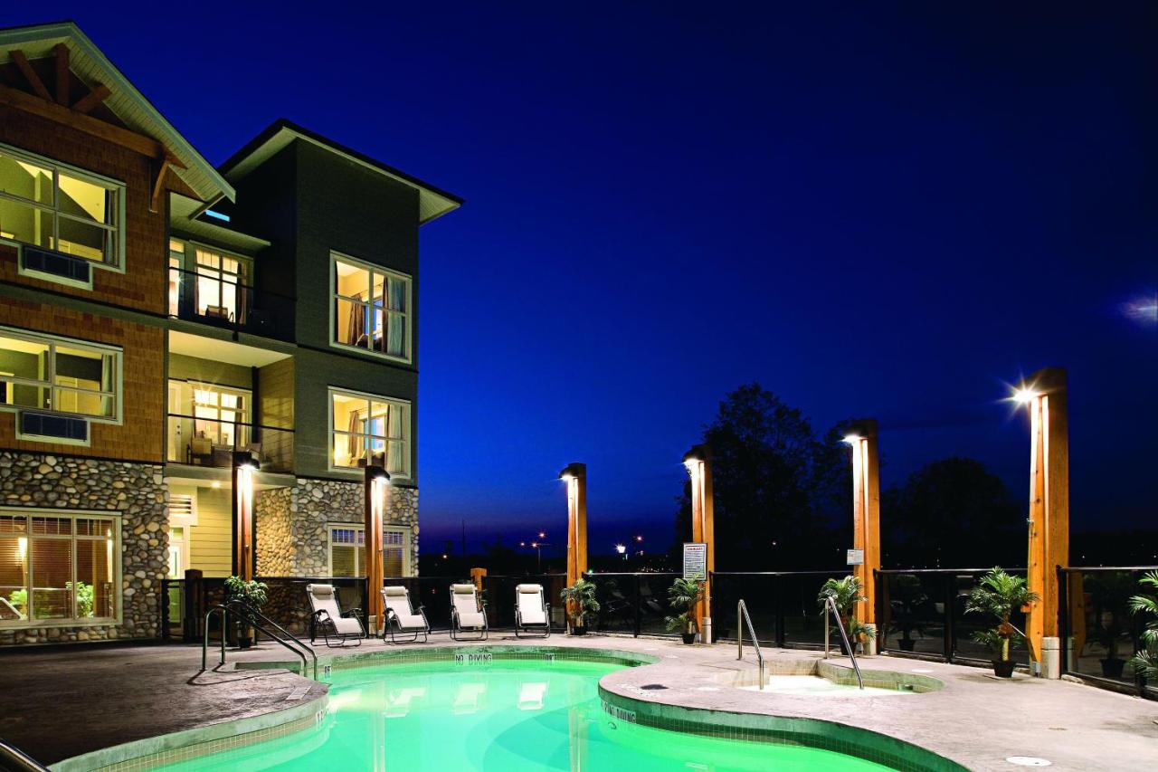 Hotels In Merville Vancouver Island