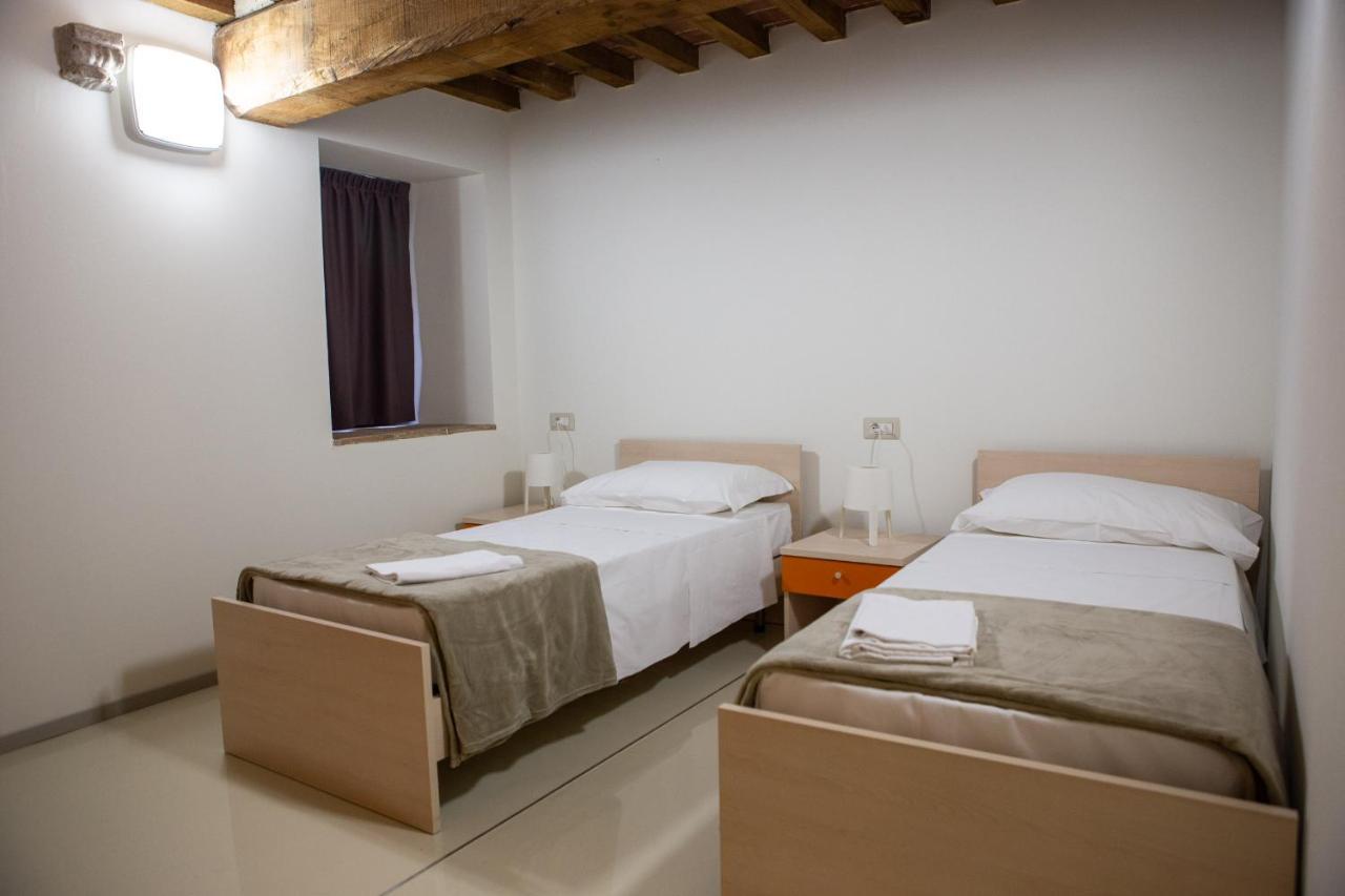 Hostels In Abadia A Isola Tuscany