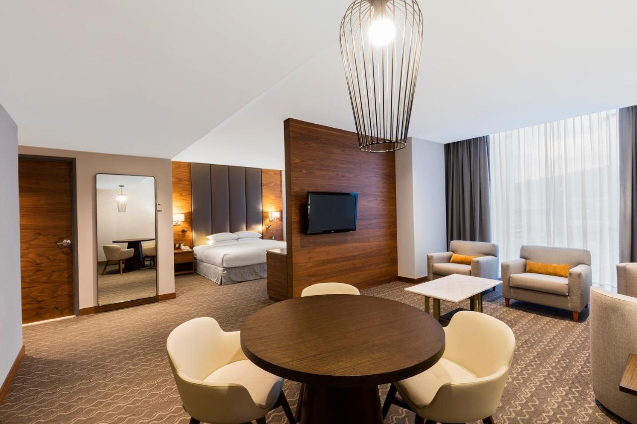 Hotel Doubletree By Hilton Mexico City, Mexico - Booking.com