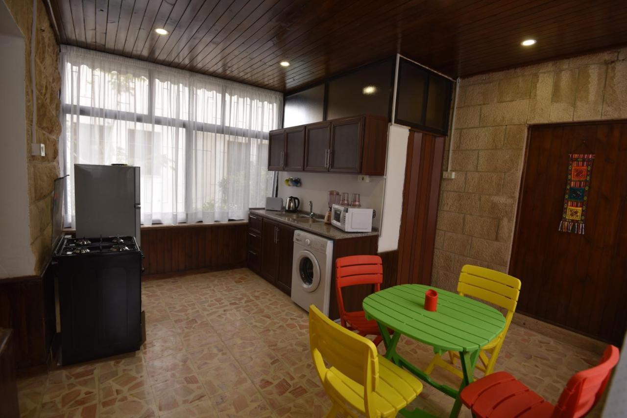 Leila Guest house