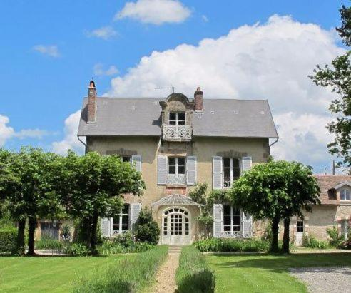 Bed And Breakfasts In Saint-agnant-de-versillat Limousin