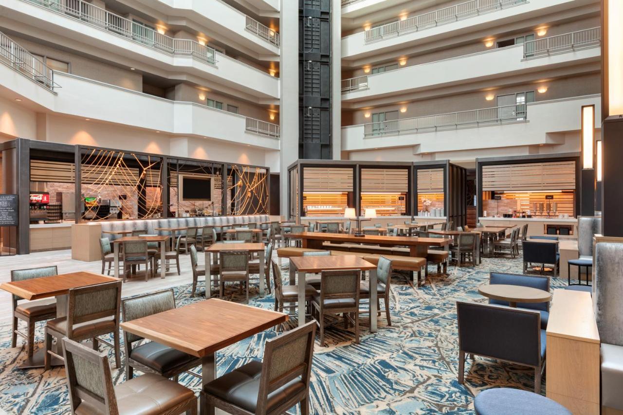 Hotel Embassy Suites Monterey Bay - Seaside (USA Seaside) - Booking.com