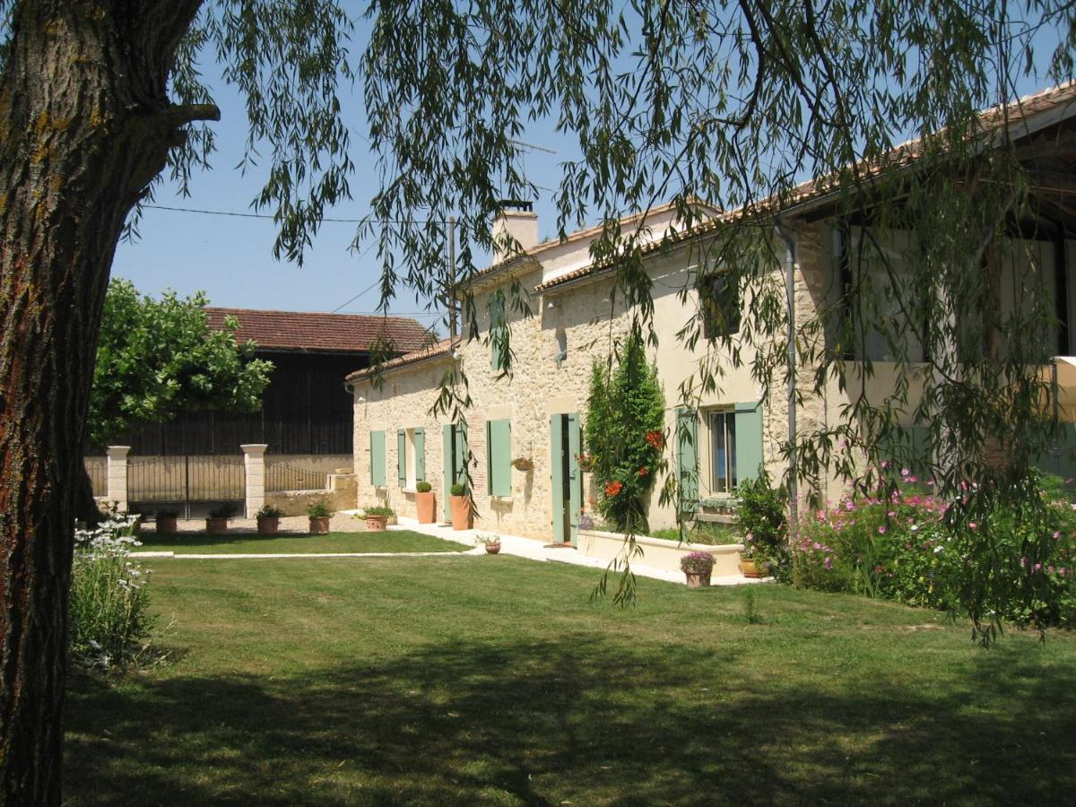 Guest Houses In Noaillac Aquitaine