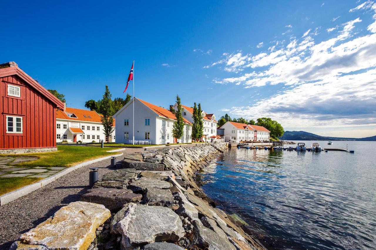 Hotels In Myklebostad Møre Og Romsdal