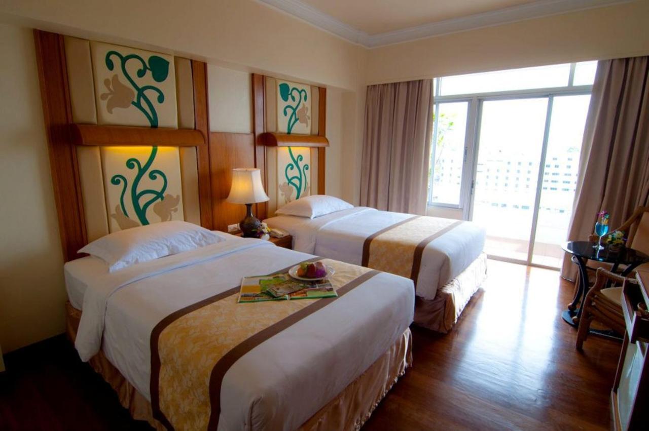 Hotel Golden Beach Pattaya Thailand Pattaya Booking Com