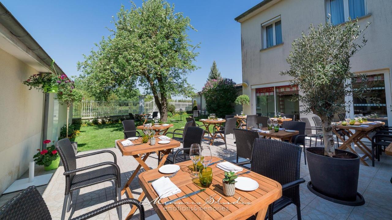 Hotels In Saint-aubin Champagne - Ardenne