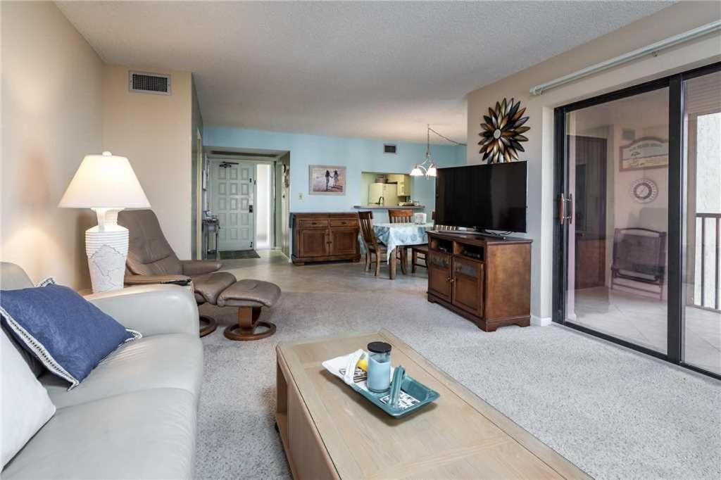 Sandarac B503 Two Bedroom Condo Fort Myers Beach Fl Bookingcom