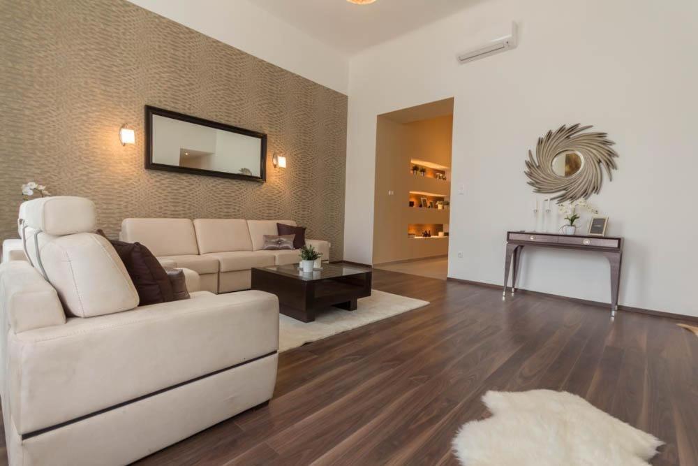 B37 -Luxury apartman Budapest center, Budapest – Prezzi ...