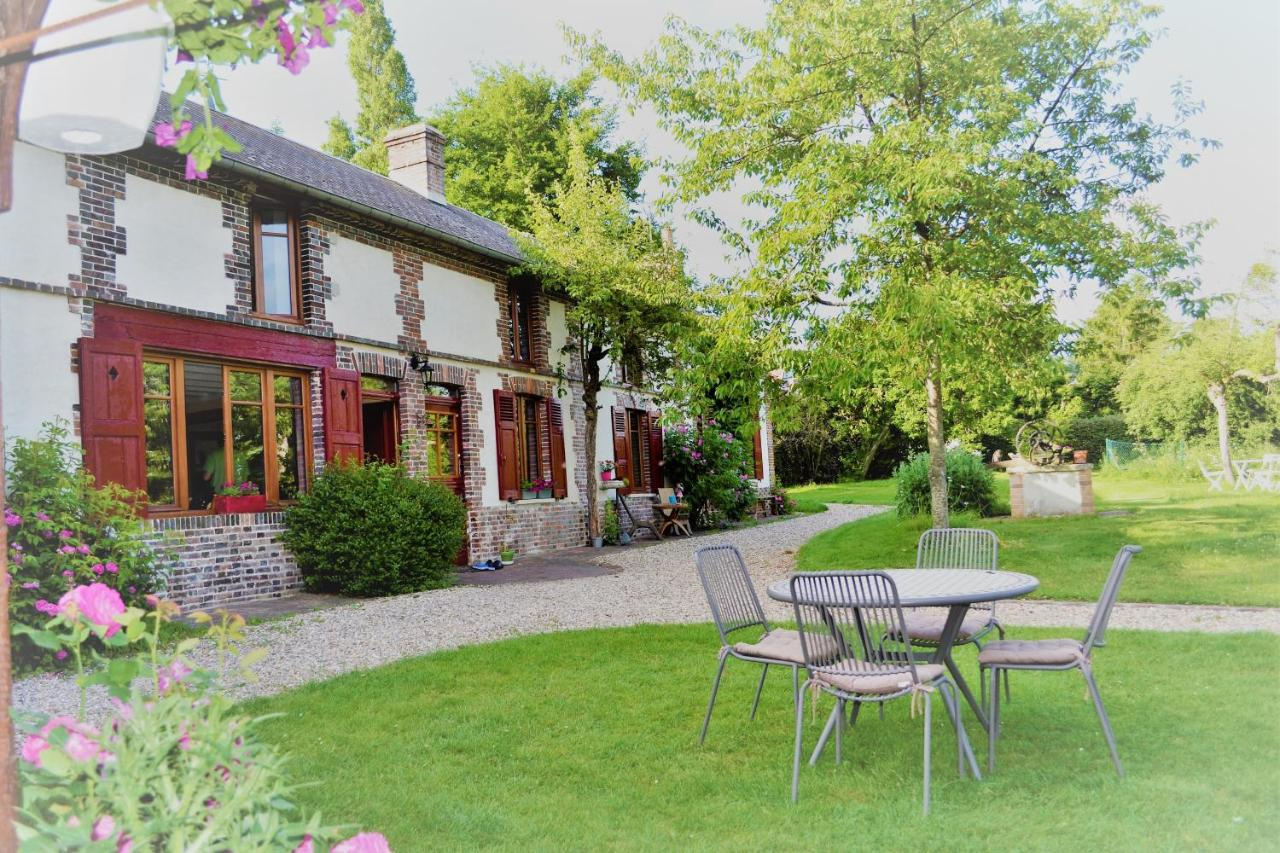 Guest Houses In Villalet Upper Normandy