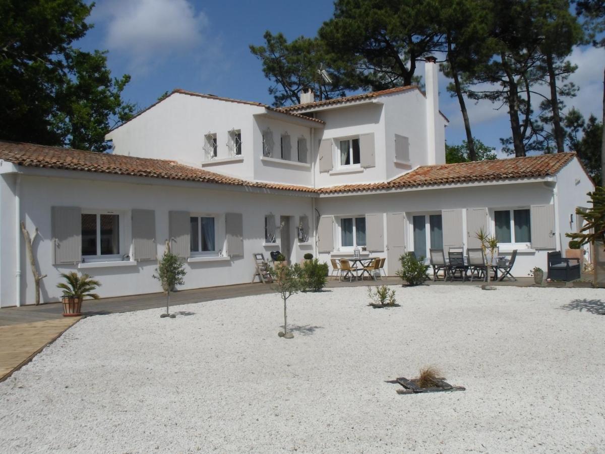 Guest Houses In Puyraveau Poitou-charentes