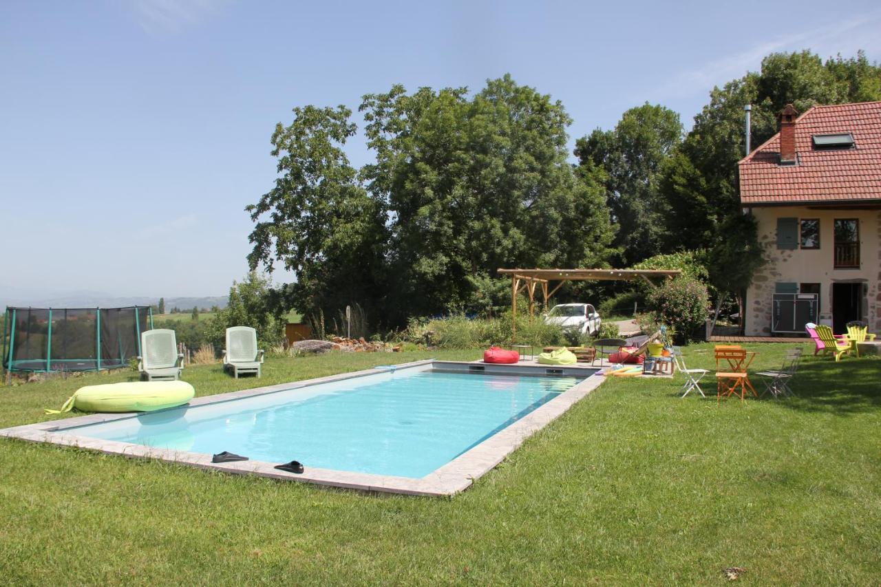 Guest Houses In Saint-jean-de-chevelu Rhône-alps