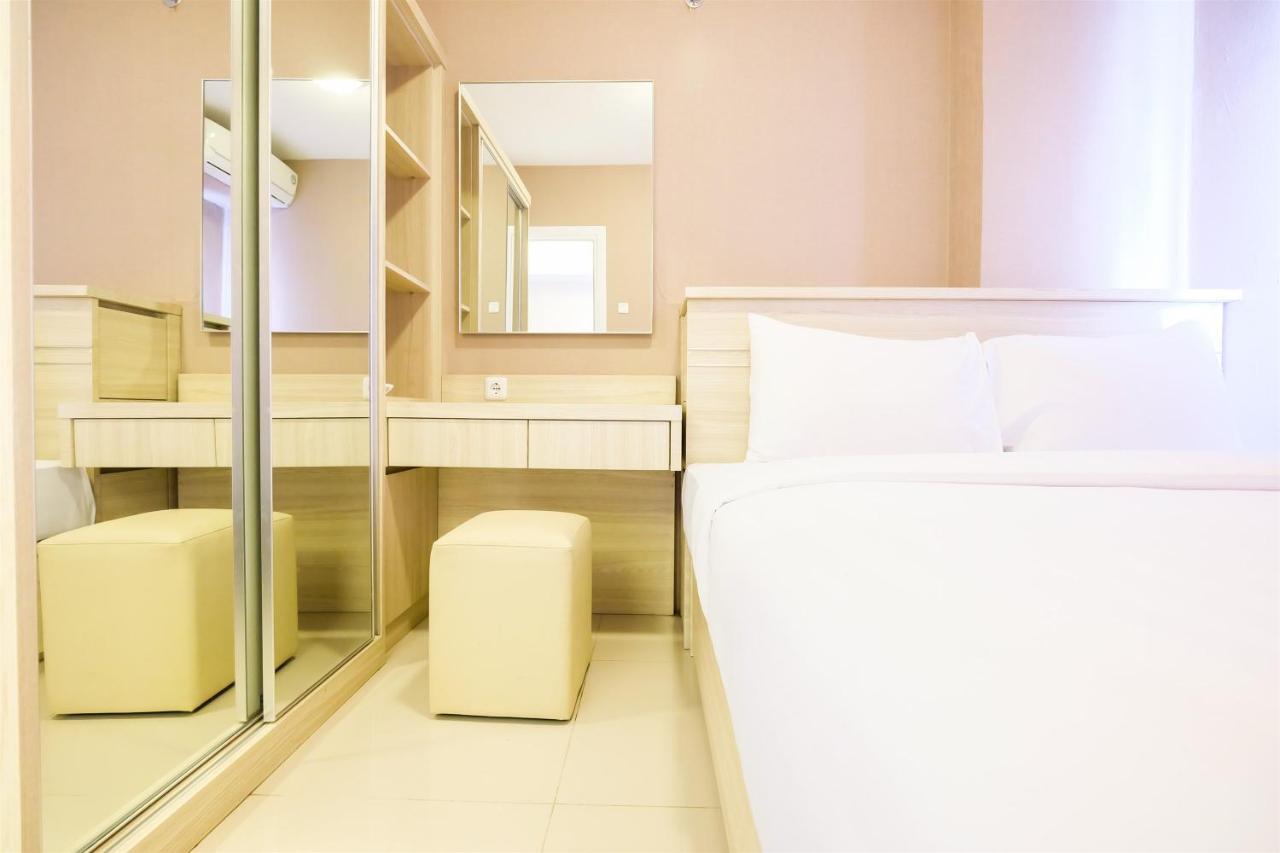 Easy access to mall 2br green pramuka apartment by travelio jakarta harga 2019 terbaru