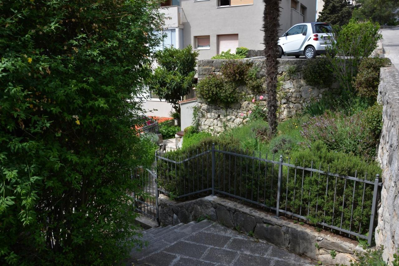 Apartment Julia Split Croatia Bookingcom - Fruit yard car show