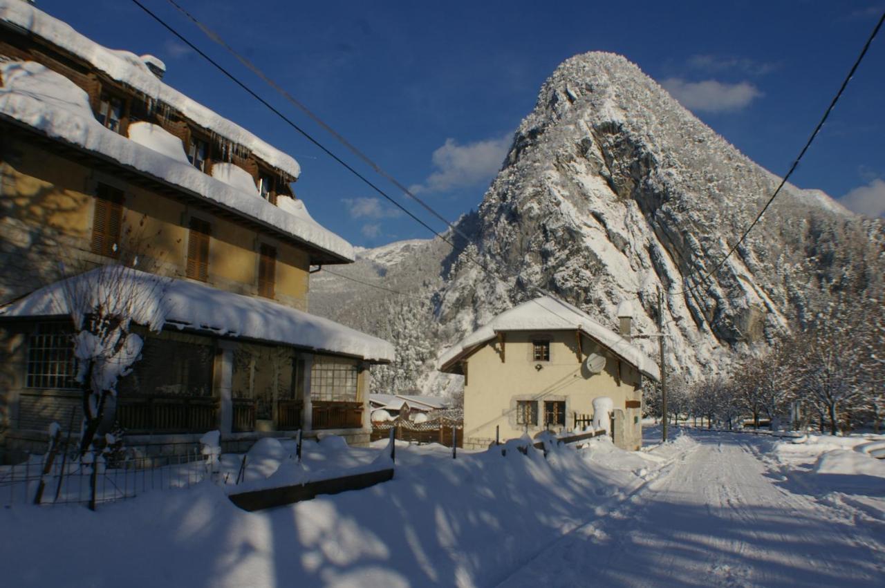 Guest Houses In Verthier Rhône-alps