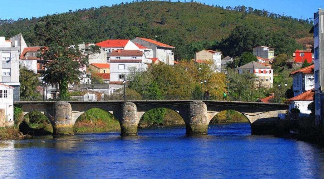 Guest Houses In Arrueiro Galicia