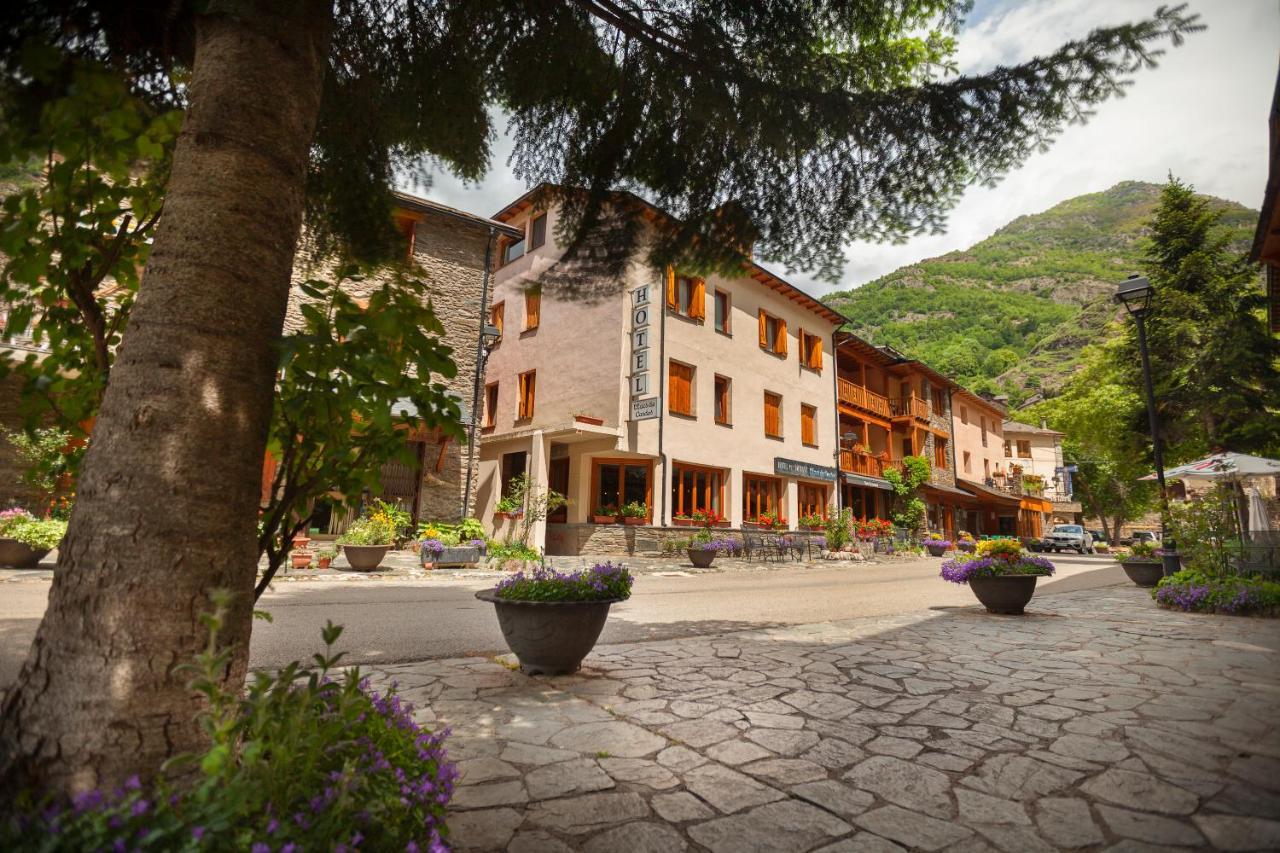 Hotels In Areu Catalonia