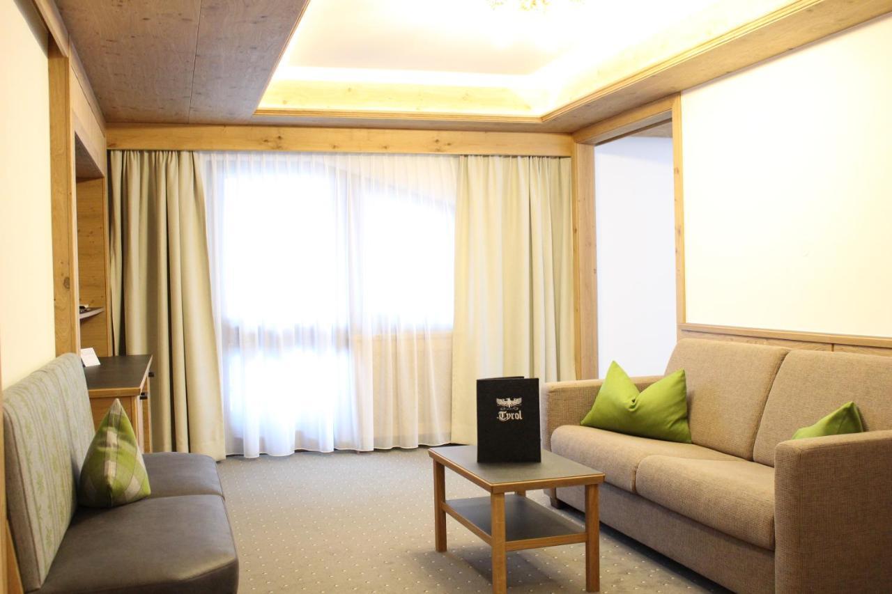 Hotel Tyrol Am Haldensee österreich Haldensee Bookingcom