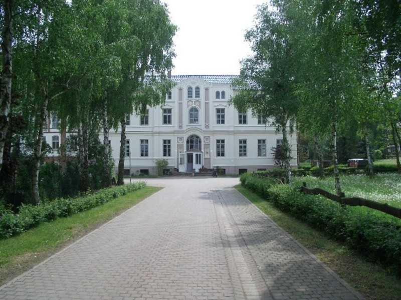Ferienhaus Herrenhaus Marienhof (Deutschland Krakow am See ...