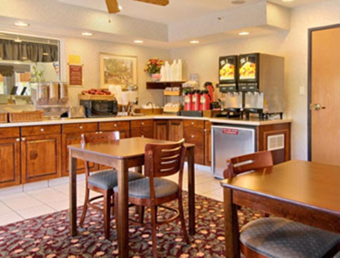 Baymont Inn Willows Ca Booking Com