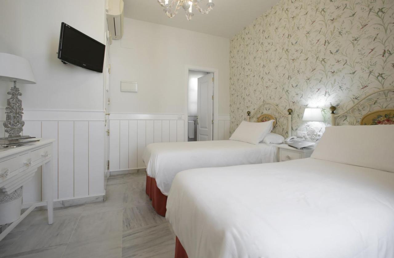Hotels In Bellavista Andalucía
