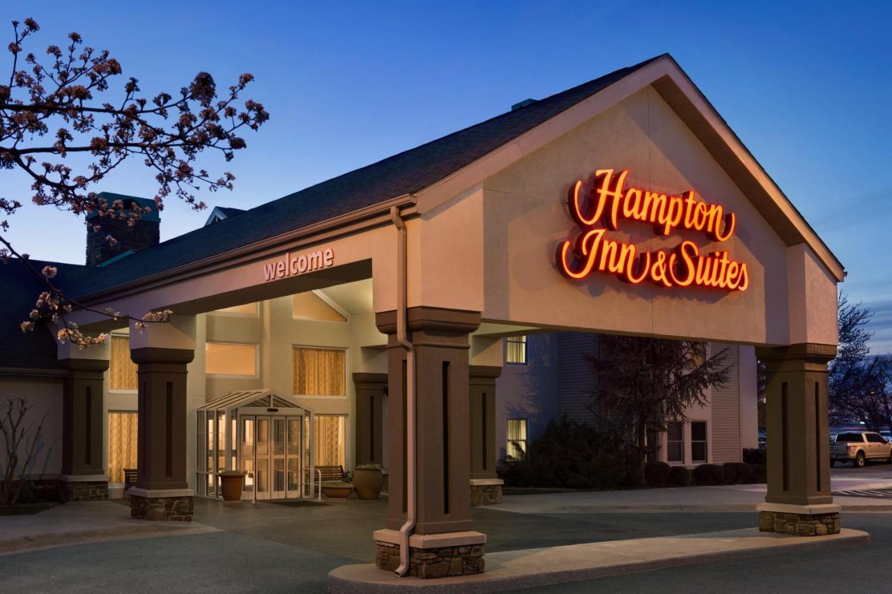 Hampton Inn Springdale, AR - Booking.com