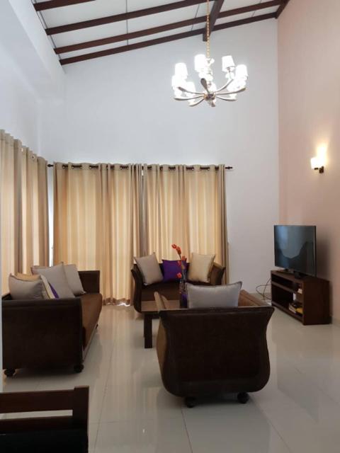 Vacation Home 2018 Modern 4 Bedrooms House Colombo Sri Lanka