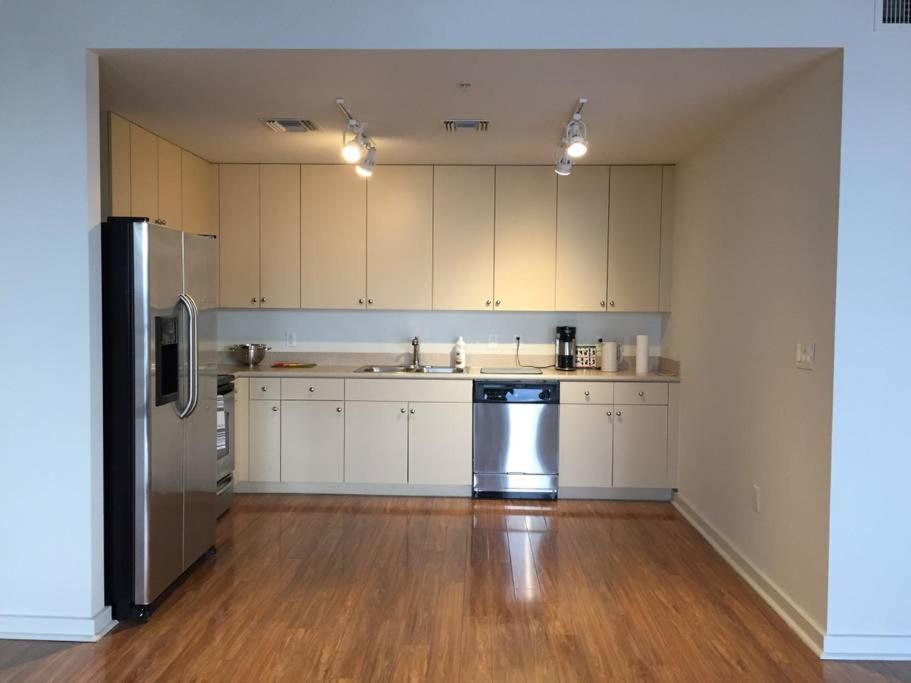 Spacious Studio Apartment Heart Of Downtown Orlando Fl Booking Com