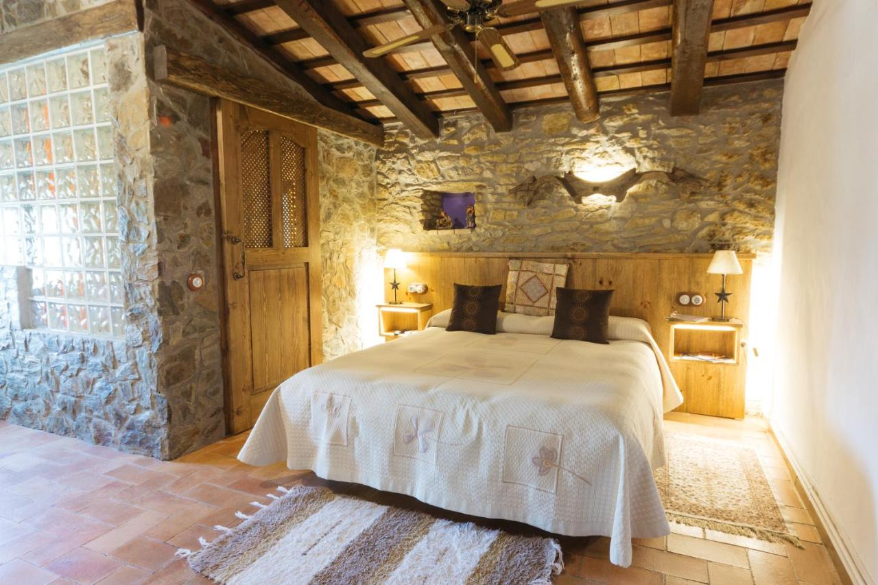 boutique hotels peratallada  29
