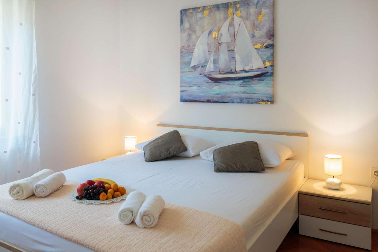 Apartment Laro Modern Ious Split Croatia Deals