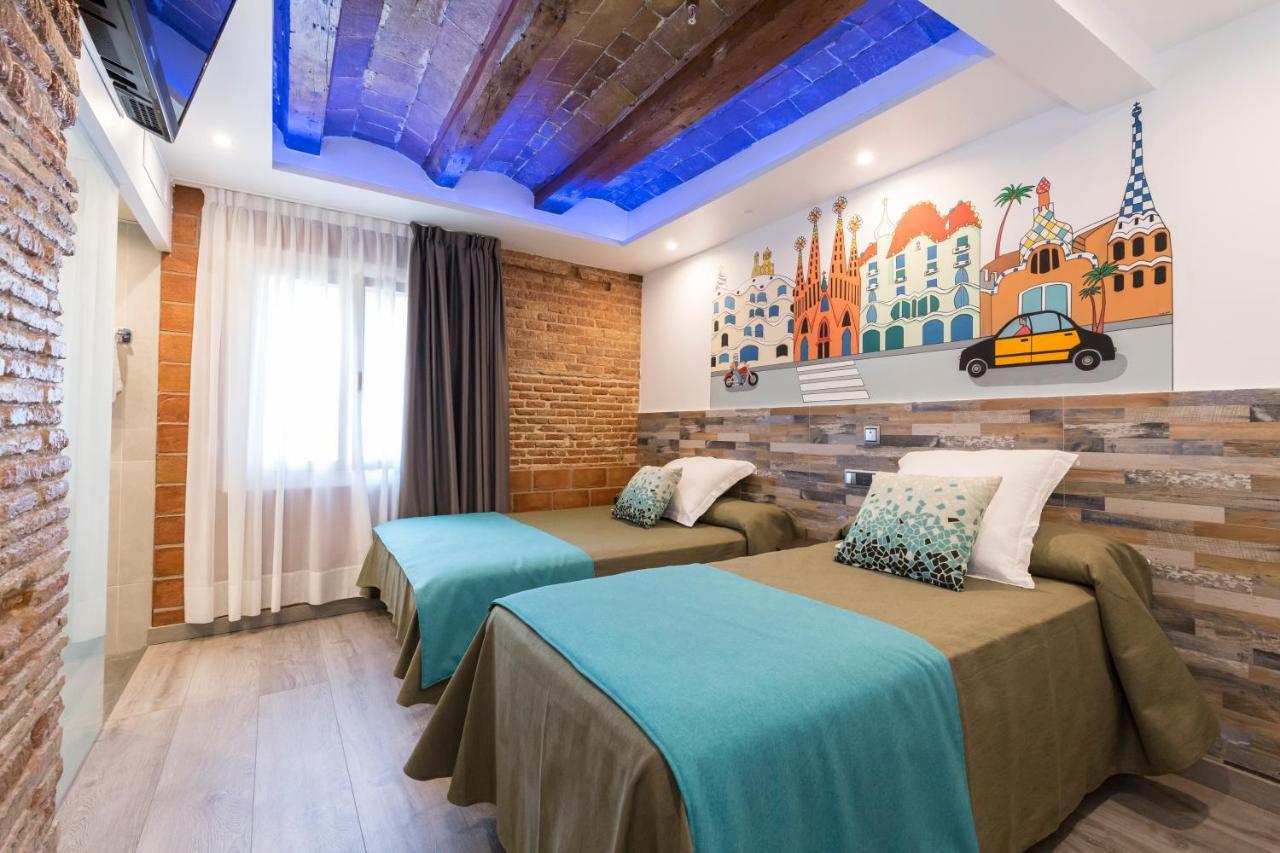 Guest Houses In Collblanch Y La Torrassa Catalonia