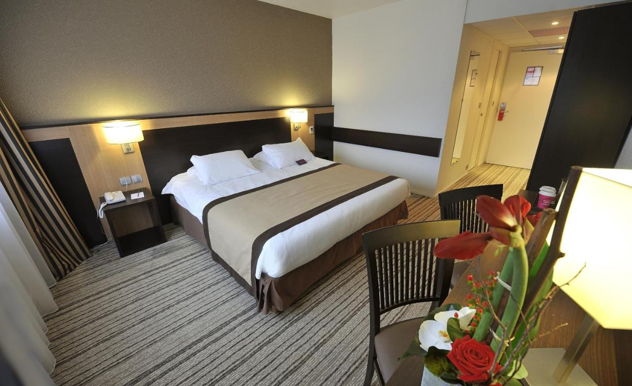 Hotels In Pitres Upper Normandy