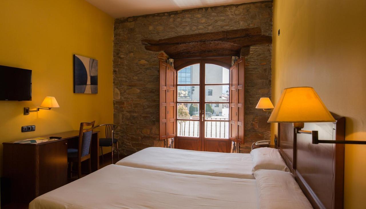 Hotels In Congosto Castile And Leon