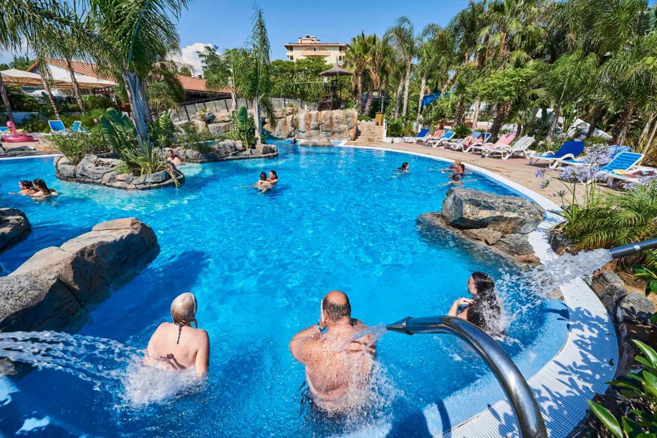 la siesta salou resort & camping (españa salou) - booking